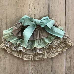Persnickety Jaycie Skirt with Ruffled Back